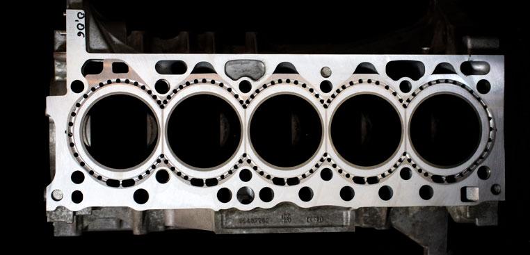 zamkniety-silnik-volvo-D5244T-tuning-d5