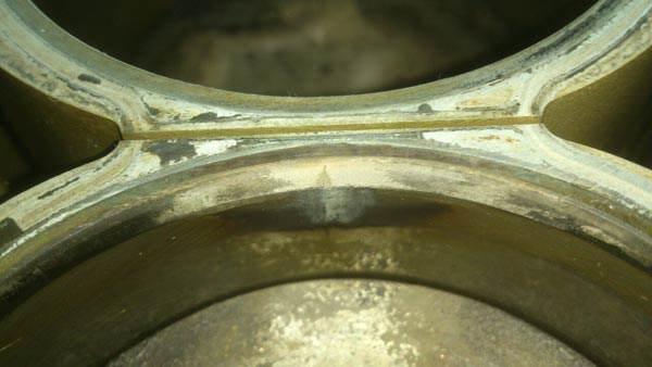 Pęknięcie cylindra Volvo