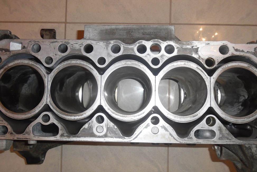 otwarty-blok-volvo-D5244T